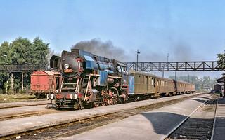 477 007 arriving at Ceska Lipa from Rumburk.