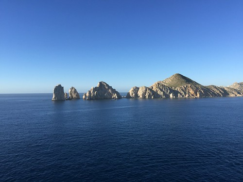 """The arch of Cabo San Lucas • <a style=""""font-size:0.8em;"""" href=""""http://www.flickr.com/photos/28558260@N04/38399630466/"""" target=""""_blank"""">View on Flickr</a>"""