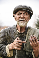 Old Man statue (maytag97) Tags: maytag97 nikon d750 old man statue outdoor outside detail detailed lifelike face expression