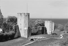Visby ringmur (hjnship) Tags: visby gotland ringmur wall ilfordpanf analog medieval 135film