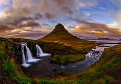 Kirkjufell 4 (Oliver Noggler) Tags: vesturland island is kirkjufell iceland nord north panorama meer wolkenstimmung sonnenuntergang sunset wasserfall waterfall
