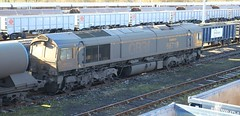 171126 - TON - GBRF - 66719 METRO-LAND (Sarahs_Railways) Tags: gbrf class66 66719 metroland tonbridgewestyard