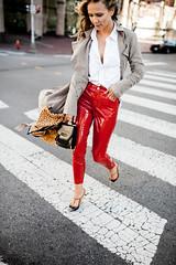 Amber Bradford in vinyl pants (Vinyl Beauties) Tags: amber bradford vinyl pvc plastic pants topshop fashion beauty sexy style glamour celebrity model thermoplastic polyvinylchloride mode schönheit lack plastik hose lackhose