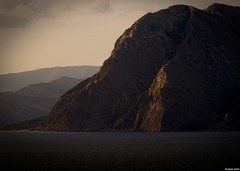 Varasova rock (KOSTAS PILOT) Tags: rock rockscape rockformation greece westpeloponese paliovouna ionion mediterranean sea sunset goldenlight goldenhour light shadows mountain nature landscape kostaspilot sony sonyhx60 cliff scenic patraikosbay westgreece ελλάδα βουνό βράχοσ φύση θάλασσα σκιεσ φωσ χρυσηωρα χρυσοφωσ ηλιοβασίλεμα πατραικοσ παλιοβουνα σιλουέτα varasova βαρασοβα