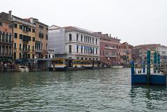 Ponte di Rialto, Venice, Italy (Tiphaine Rolland) Tags: nikond3000 d3000 nikon italie italy italia venice venise venezia autumn automne pontedirialto rialto eau water sea mer