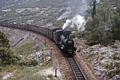 JŽ class 83 0-8-2 leaving Sumet (TrainsandTravel) Tags: yugoslavia yougoslavie jugoslawien jugoslavija croatia croatie kroatien hrvatska steamtrains dampfzüge trainsàvapeur parnihvlakova jugoslovenskeželeznice jž narrowgauge schmalspurbahn voieetroite uskekolosiječneželjeznice 760mm sumet class83 082