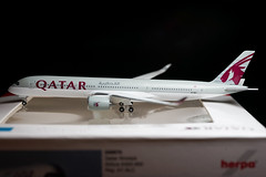 Qatar Airways A350-900 A7-ALC Herpa 1/500 (altinomh) Tags: qatar airways a350900 a7alc herpa 1500 airbus a350