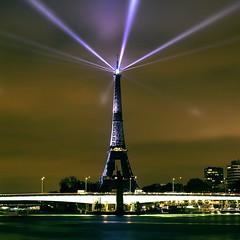 Tour Eiffel (Jean Léonard Polo) Tags: jleo juliyabondareva eiffeltower parisbynight magnifique photo jeanleonardpolo paris toureiffel
