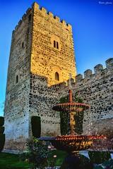 Castillo de Doña Berenguela (Peideluo) Tags: castle castillalamancha street castillo spain fuente
