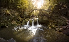 The amazing Schiessentümpel at the Mullerthal, Luxembourg. (Label 89) Tags: waterval schiessentumpel mullerthal luxembourg echternach vianden beaufort europe amazing long exposure wanderlust travel photography canon 550d kitlens tripod 1855mm hiking trail autumn fall winter