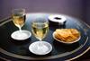 Café de Flore (Daniel Philipona) Tags: film kodak leicam6ttl portra400nc summicron 50mm 20 paris wein
