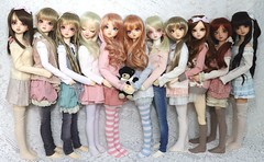 10 Cocos & a Kurumi (Rikka_Mika) Tags: volks sd super dollfie superdollfie sdg sd10 sd9 girl girls coco cocos f60 sdf60 sunlight white normal skin fcs full choice system kurumi bjd abjd ball jointed balljointed doll dolls sisters collection crew