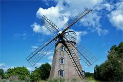 Swedish mill....... (atsjebosma) Tags: island öland sweden eiland mill molen bomen zweden clouds wolken atsjebosma 2017 coth5