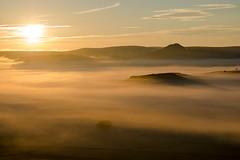 Au loin Marchastel, Lozère (lyli12) Tags: aubrac lozère leverdesoleil brume paysage landscape france nature languedocroussillon mist nikon d7000
