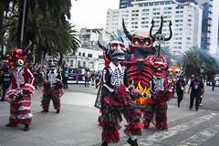 """""""Carnaval de Calaveras"""" Desfile Muertos CDMX 2017 (El Volador S.A.) Tags: volador calaveras muertos desfile mexico carnaval event street family skull car elvolador anima"""