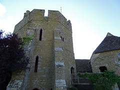 Stokesay Castle south tower (Dunnock_D) Tags: uk unitedkingdom britain england shropshire stokesay castle blue sky