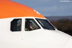 Easyjet G-EZRD 12-11-2017 (Enda Burke) Tags: gezrd ezy avgeek aviation airplane a320 airbusa320 egcc engine runway ringway canon canon7dmk2 cockpit flightdeck manchesterairport manchester man manc manairport manchesterrunwayvisitorpark
