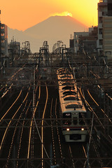 After Sunset (Mt.Fuji from Tokyo) (seiji2012) Tags: 富士山 鉄道 日没 京王線 シルエット 夕焼け silhouette railway sunset keioline soe