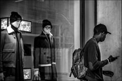 """Je suis suivi....""  /  ""I am followed..."" (vedebe) Tags: noiretblanc netb bw monochrome humain people homme ville city rue street urbain"