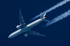 Air Canada Boeing 777-333(ER) C-FITU (Thames Air) Tags: air canada boeing 777333er cfitu contrails telescope dobsonian overhead vapour trail