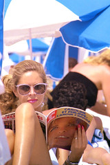 img154 (Phytophot) Tags: adults cannes people travel france caroline joursdefrance beach beauty