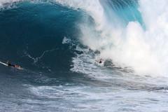 IMG_5088 copy (Aaron Lynton) Tags: peahi jaws challenge lyntonproductions maui hawaii surf surfing wsl canon 7d