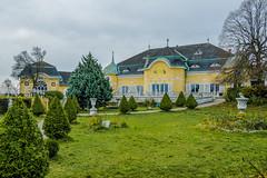 The castle hotel Cobenzl (a7m2) Tags: cobentl schlosshotel wien austria höhenstrasse building travel tourismus history