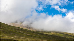 Iceland . (:: Blende 22 ::) Tags: landscape landschaft wolken bewölkt clouds cloudy bluesky green mountain berge schnee snow fluss canoneos5dmarkiv ef2470f28liiusm iceland island river water skeið dalvik trollpeninsula tröllaskagi svarfaðardalur akureyri