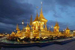 The Royal Crematorium (fredMin) Tags: temple beauty royal travel fuji xt1 bangkok thailand asia king night lights buddhism