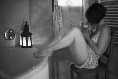 Douce rêverie après le bain... (sonjalys) Tags: lingerie dentelle