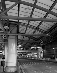 BWI Airport (karma (Karen)) Tags: bwiairport maryland annearundelco airports windows geometry dof bokeh bw monochrome iphone hbw hww hmbt cmwd