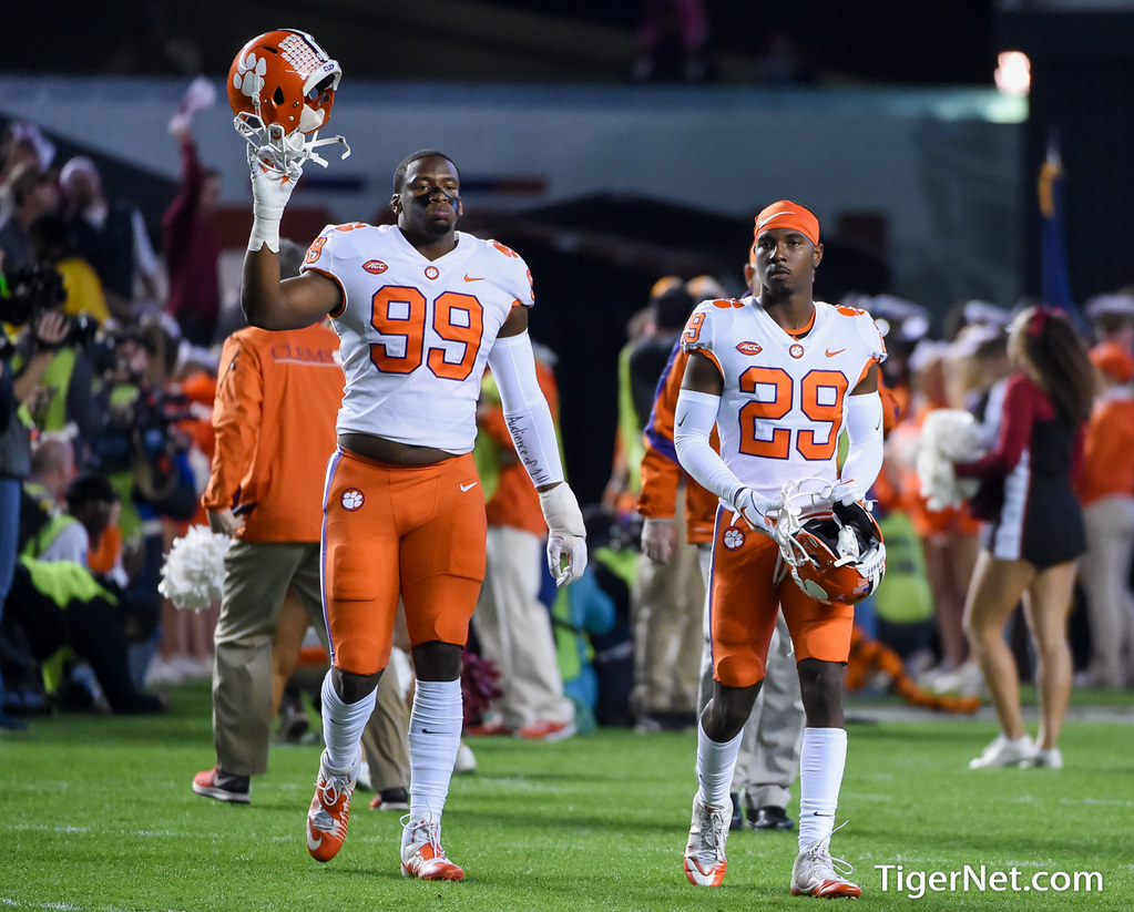 Clemson Photos: Clelin  Ferrell, Marcus  Edmond, 2017, Football, South  Carolina