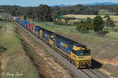 Perfectly Late (Henry's Railway Gallery) Tags: nr9 nr2 an4 nrclass anclass ge emd diesel goninan ugl clyde pacificnational 7sm5 sm5 freighttrain containertrain albury lavington