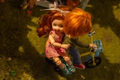I can teach you (kinmegami) Tags: doll obitsu 11 kelly tommy diorama bicycle 16 hybrid
