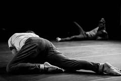 Foto- Arô Ribeiro -2718-2 (Arô Ribeiro) Tags: pb blackwhitephotos photography laphotographie art brazil performance crdsãopaulo arôribeiro pedropenuela facundomonasterio argentina jukebox