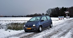 My Renault Twingo Spring (1997) (XBXG) Tags: rjhl15 renault twingo spring renaulttwingo 1997 sneeuw snow neige neve beekbergen nederland holland netherlands paysbas old classic french car auto automobile voiture ancienne française france frankrijk vehicle outdoor