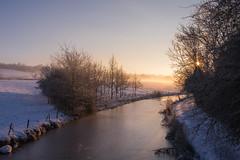 Bend in the Canal (Helmuth of Boskone) Tags: crick northamptonshire snow sunrise winter canal grandunioncanal england unitedkingdom gb