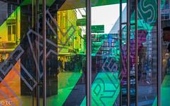 HWW in Eindhoven (truus1949) Tags: ramen reflectie
