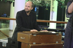 Triakel (2017) 07 - Janne Strömstedt (KM's Live Music shots) Tags: worldmusic sweden traditionalswedishmusic triakel harmoniumwestern harmoniumwithfootpedals harmonium reedorgan nordicmatters fridaytonic southbankcentre