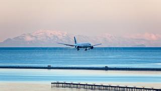 Air Canada Boeing 777-200LR C-FNNH