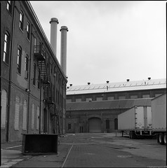 Brooklyn Navy Yard, NYC. (setpower1) Tags: newyorkcity nyc brooklyn hasselblad500cm kodaktmax400 kodakd76 bw vintagefilmcamera mediumformatcamera 120film hasselbladyyellowfilter brooklynnavyyard openhousenewyork ohny