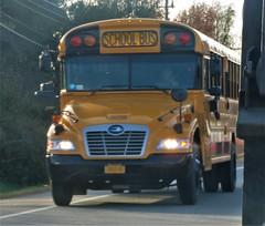 East End Bus Lines #0825G (ThoseGuys119) Tags: eastendbuslines orangecountytransitllc schoolbus maybrookny 2018 propane gasoline birdbus