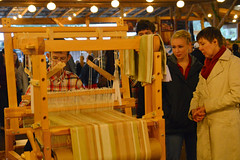 Watching how the loom works (radargeek) Tags: homesteadheritage homesteadfair 2016 waco texas tx loom weaving craft