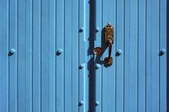 Blue Buttons Blues (emerge13) Tags: centrohabanacuba cuba havana lahavane doors simplistic habana portes architecturaldetails architecturalheritage architecture puertas textures blue minimal minimalistmondays