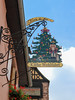 Vacances_0280 (Joanbrebo) Tags: riquewihr grandest francia fr alsace hautrhin streetscenes canoneos80d eosd efs1855mmf3556isstm autofocus signs letrero weihnachtsbaum