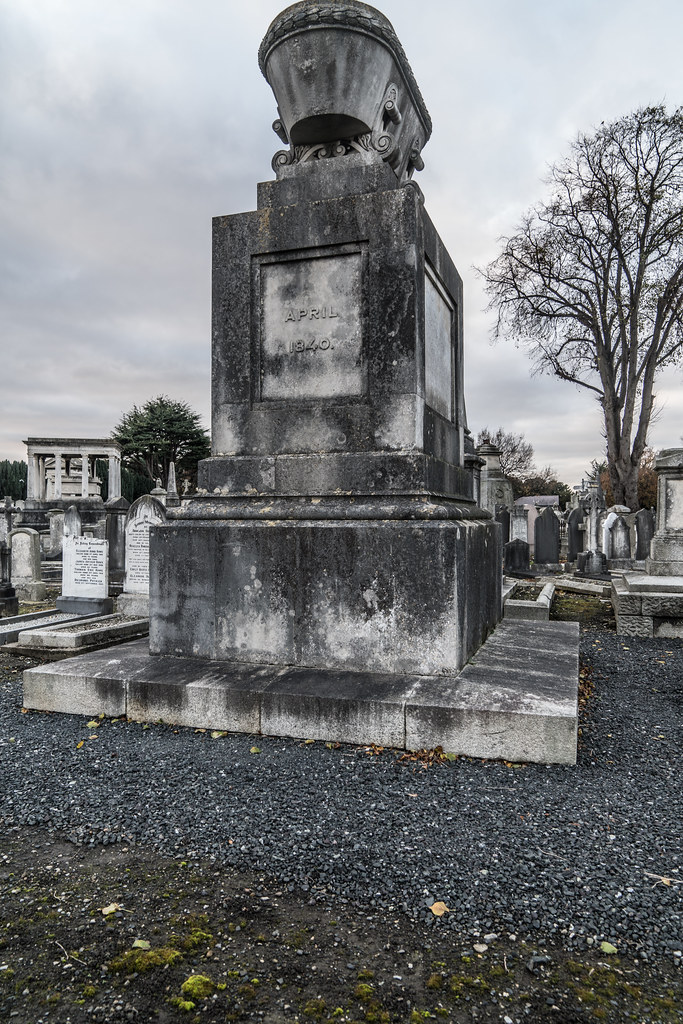 MOUNT JEROME CEMETERY IS AN INTERESTING PLACE TO VISIT [IT CLOSES AT 4PM]-134356