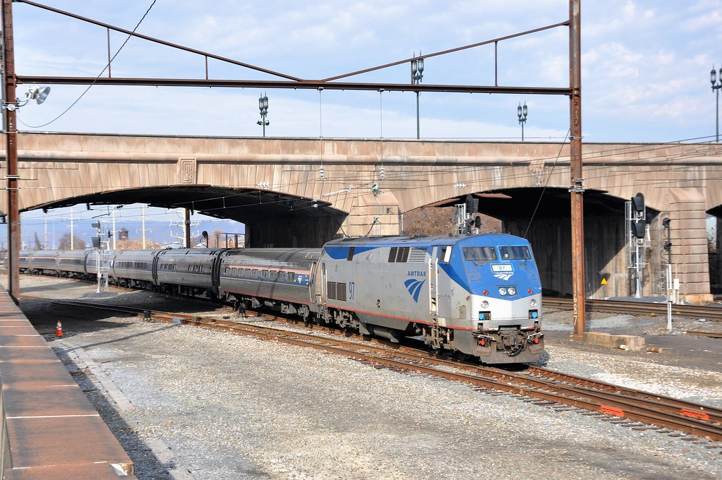 In Orlando, Amtrak Silver Service arrives at Sligh Blvd and no other station. An average trip on Amtrak Silver Service from New York to Orlando takes 22 hours and 20 minutes, while the fastest available Amtrak Silver Service trip will get you to Orlando in 22 hours and 0 minutes.