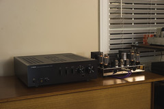 Yamaha A-S1000 and Dynakit Stereo 70 (audiodatabase) Tags: yamaha as1000 integratedamp integrated dynaco dynakit stereo 70 stereo70 st70 amp tubeamp amplifier hifi audiophile