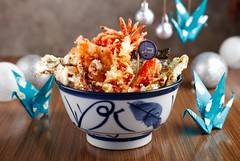 Tenya Winter Seafood Tendon bowl (The Hungry Kat) Tags: racksphl racks ribs racksthetasteyouremember jingebellracks pork tenya tenyaph enjoytenyaholiday tenyawish tempura