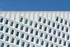 Skew? (Jan van der Wolf) Tags: map14648v windows ramen architecture architectuur skew building gevel facade lines lijnen denhaag patatzak geometric geometrisch herhaling repetition